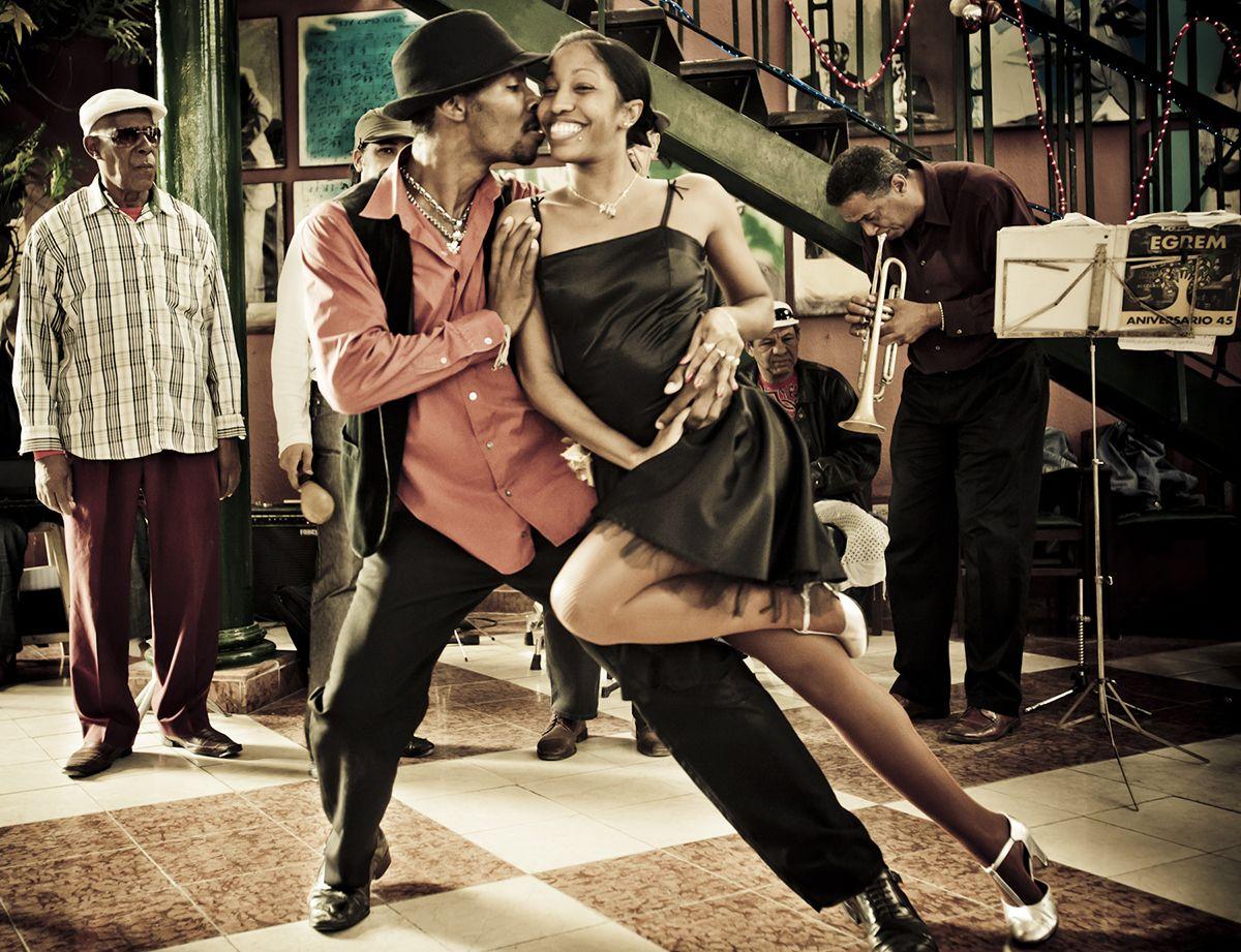 Cuban Salsa Hero